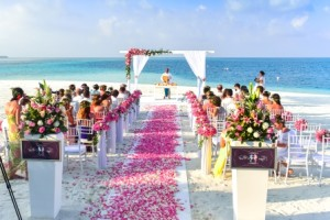 wedding isle on beach