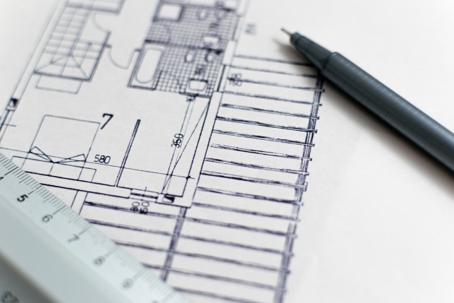 Factors to Consider When Hiring a House Contractor